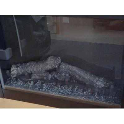 foto vypnutého krbu